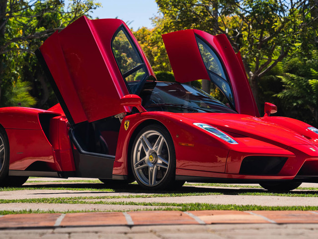 Ferrari Enzo Sets Record For The Most Expensive Car Sold In Online-Only Auction