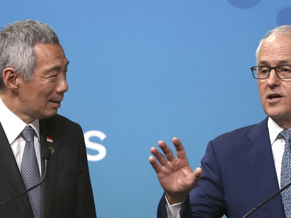 PM and Singapore's Lee speak out on trade wars at ASEAN
