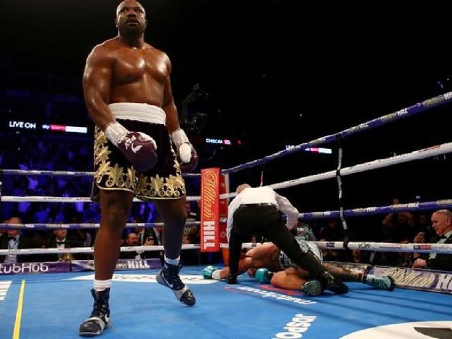 Derek Chisora scores brutal second-round knockout of Artur Szpilka