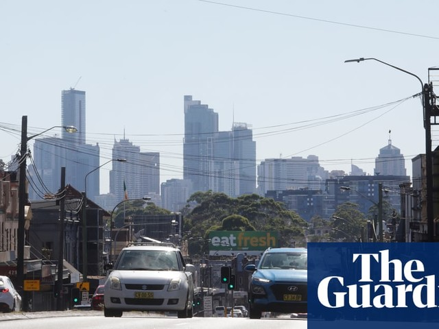 Sydney airport hottest place in NSW as parts of the city hit 40C