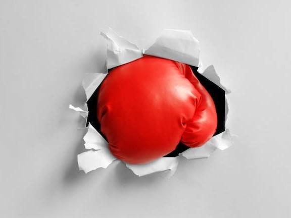 Punchy Biden-lookalike grandad goes viral for fighting boxing gadget