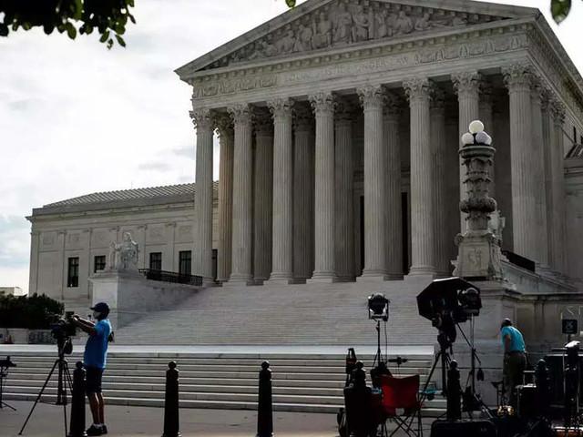 US SC ends Biden's eviction moratorium