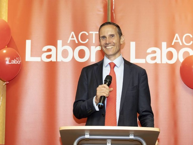 Andrew Leigh blasts Greens over campaign strategy
