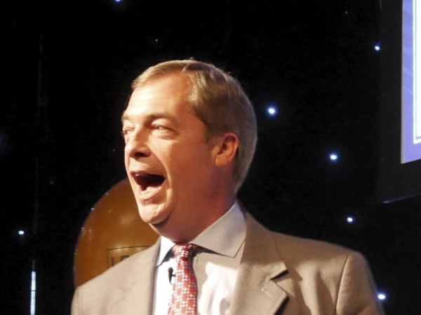 'Beware the great betrayal': Farage rallies the Brexit faithful