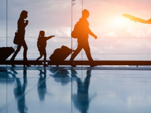 Parents will no longer have to leave Australia to secure their visas under rule change