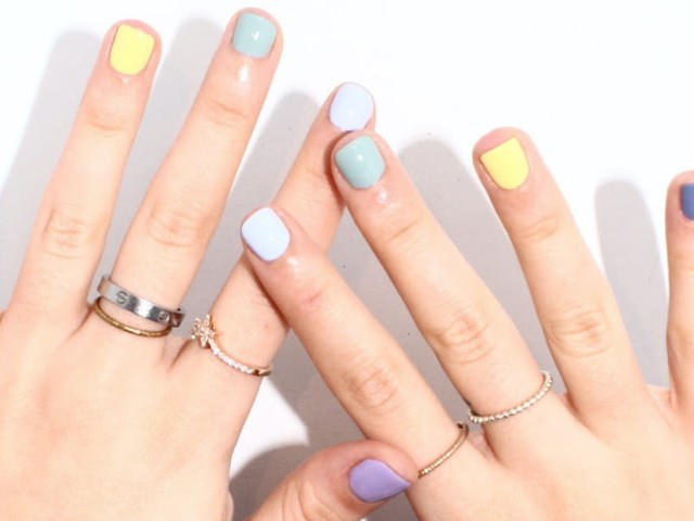 """I Tried the """"Skittles"""" Nail Trend, and I'm Obsessed With the Mismatched Look"""