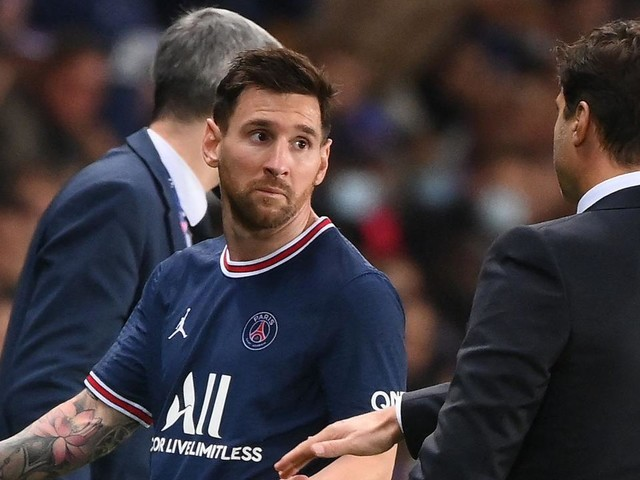 The crucial Ronaldo lesson that can help save PSG coach from ugly Messi collision course