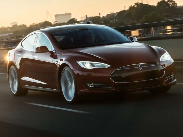 NHTSA Investigating Possible Front Suspension Failure In 115,000 Teslas