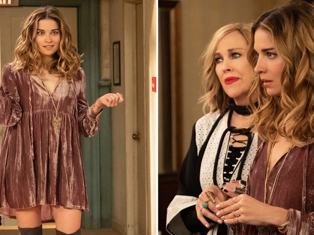 "Annie Murphy Kept the ""A Little Bit Alexis"" Dress From Schitt's Creek, and I Love That For Her"