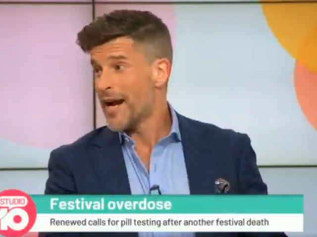 Watch Osher Günsberg School TV Panel Of Oldies About Pill-Testing