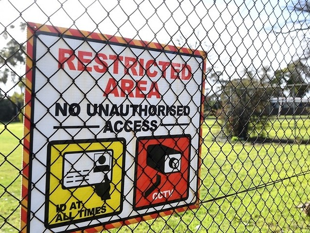 Man awaiting deportation dies in Melbourne detention centre