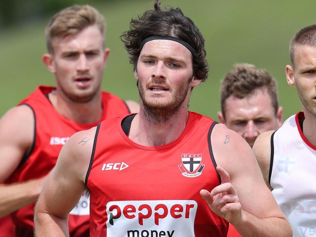 St Kilda veteran Dylan Roberton makes 'extremely hard' retirement call, puts family first
