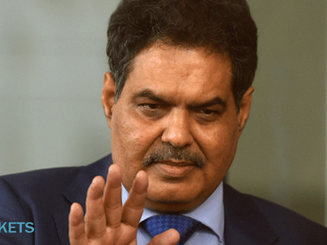 Sebi boss is in two minds over sharing kitty