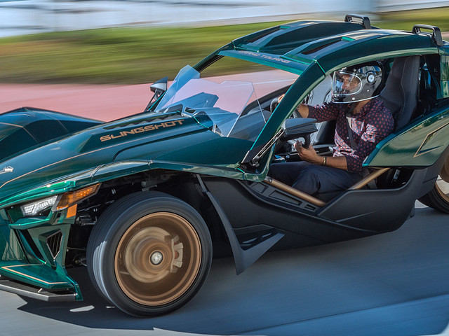 Polaris Introduces Eye-Catching Slingshot Grand Touring LE
