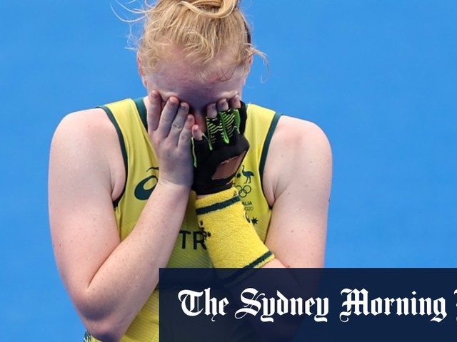 Hockeyroos in tears after elimination at the hands of defiant India