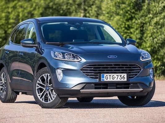 Finland August 2021: Toyota monopolises podium, Dacia Duster and Ford Kuga break records