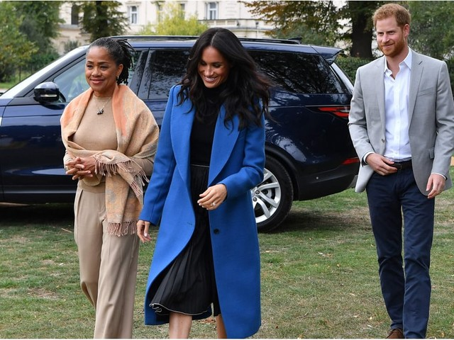Meghan Markle's Bright Blue Coat Is as Regal as Can Be