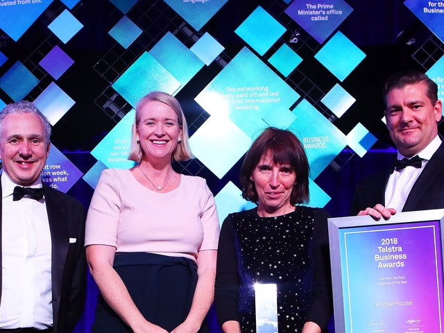 Making waves in the outback: Remote dialysis pioneer Purple House wins 2018 Telstra NT Business Award