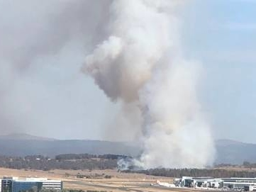 Out of control bushfire near Canberra airport