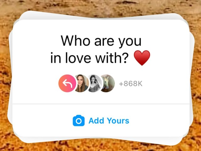 """Here's How to Do the """"Who Are You in Love With"""" Trend That's Taking Over Instagram"""