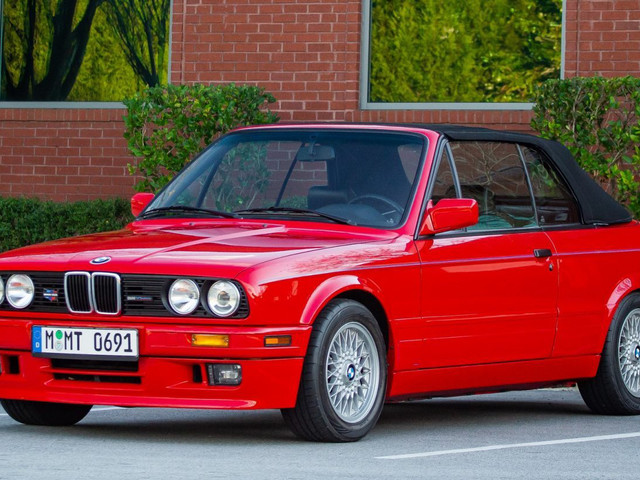 Live Out Your 90s Wall Street Broker Dreams With This Brilliant Red E30 Convertible