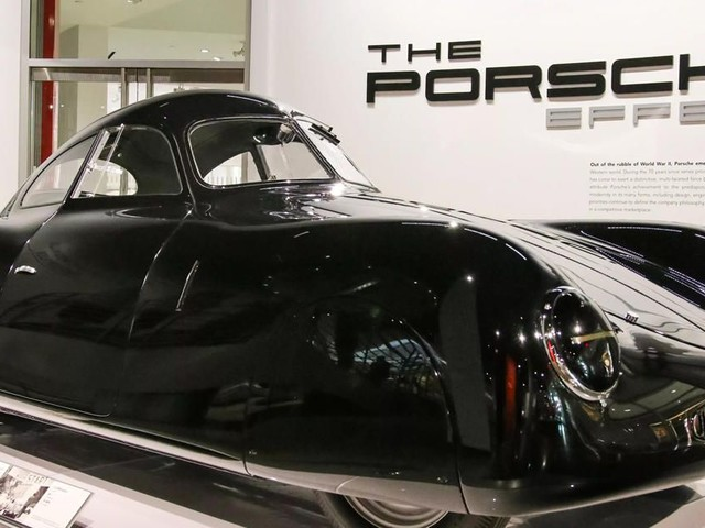 70 years of the Porsche Effect, from the 356 to the 919 - Roadshow