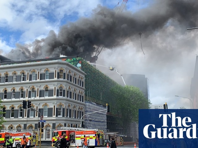 Auckland fire: Apec venue in doubt as SkyCity blaze burns for second day