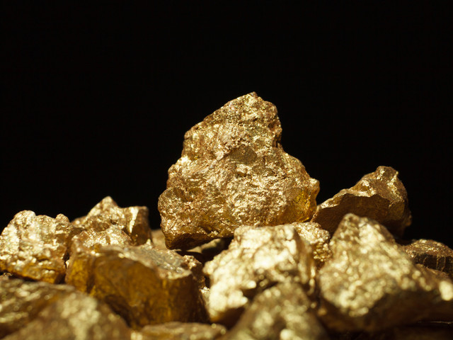 Today's Market View - Gold lifted on central bank buying and global risk