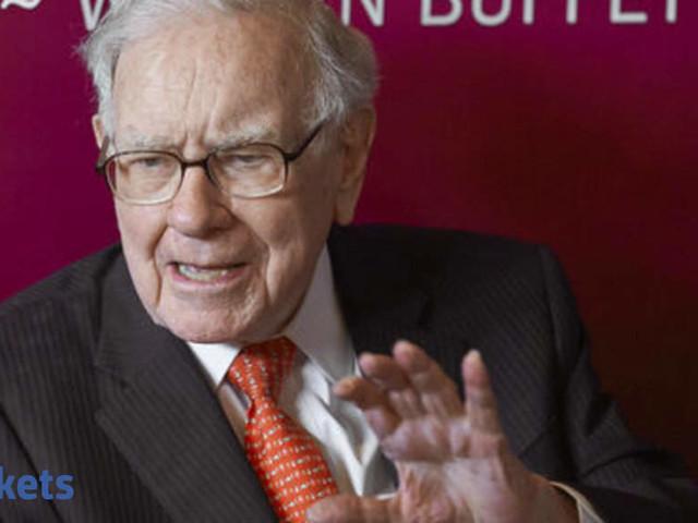Buffett seen liberating his successor with not-so-Buffett moves