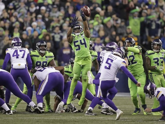 NFL: Freakish athletic play allows Bobby Wagner to block field goal in Seattle's crucial win over Minnesota