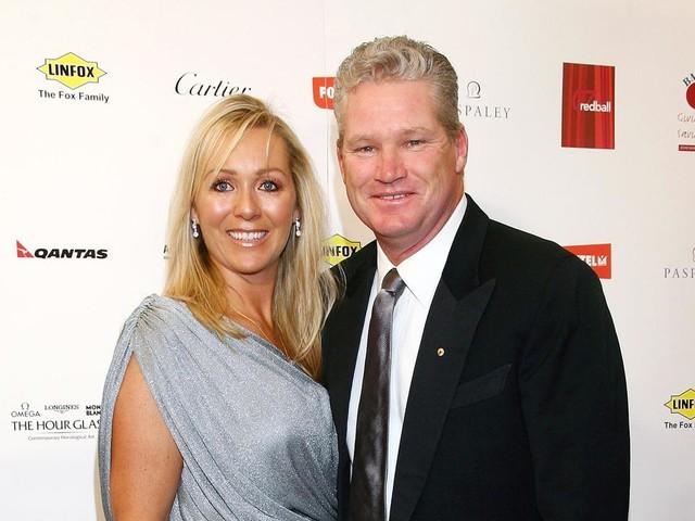 Jane Jones shares touching tribute to 'beautiful husband' Dean