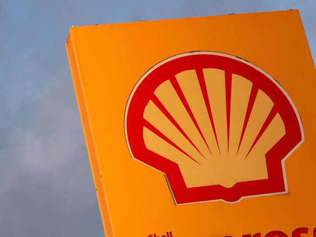 Shell plans to cut 9,000 jobs in transition plan