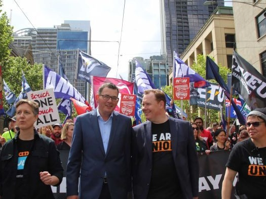 Tens of thousands of union protesters march through Melbourne CBD