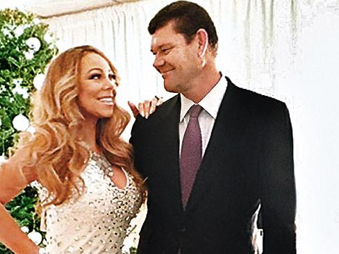 Packer and Mariah Carey 'engaged'