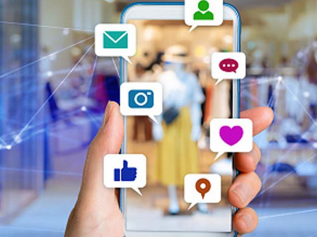 Advertisers under social media's influence