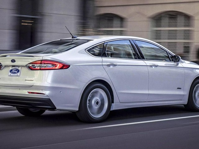 Ford ends sedan production for US as Fusion is phased out - Roadshow