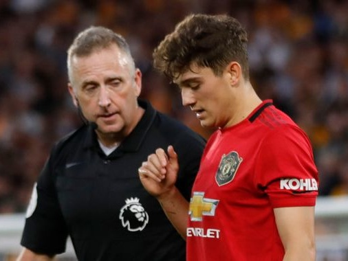 Ryan Giggs says Wales star Daniel James needs protection by referees