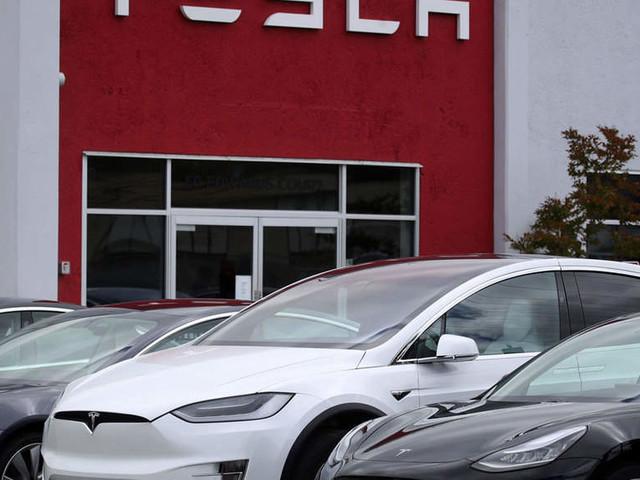 Not looking at collaboration on cars, clarifies Hinduja