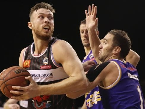 Nick Kay signs three-year deal with Perth Wildcats