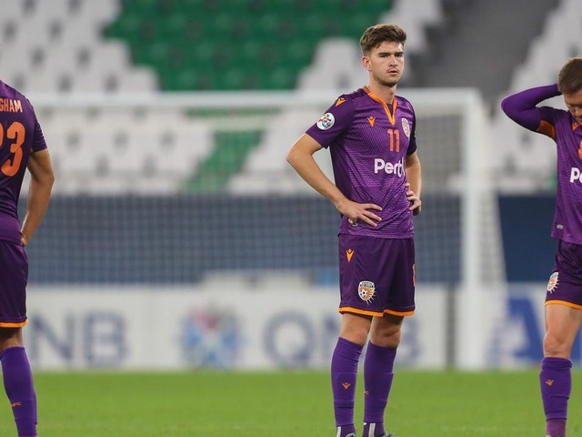 Glory lose the unlosable in 'cruel' late nightmare as Aussie sides get ACL reality check