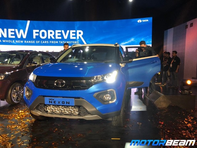 Tata Nexon Facelift Launched, Priced From Rs. 6.95 Lakhs