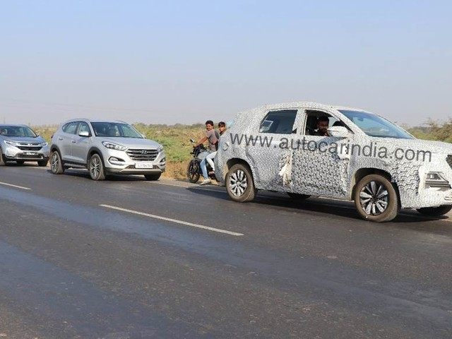MG Hector SUV Spotted On Test With Tucson & CR-V