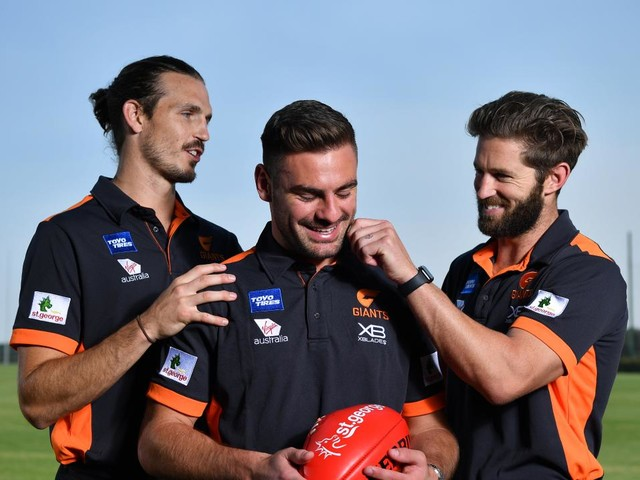GWS Giants star Lachie Whitfield chooses to re-sign early, avoiding the scrutiny Stephen Coniglio and Josh Kelly faced