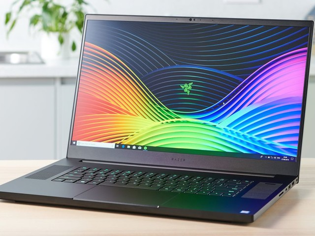 Razer Blade laptops get up to £1,200 price cuts in Amazon's End of Summer Sale