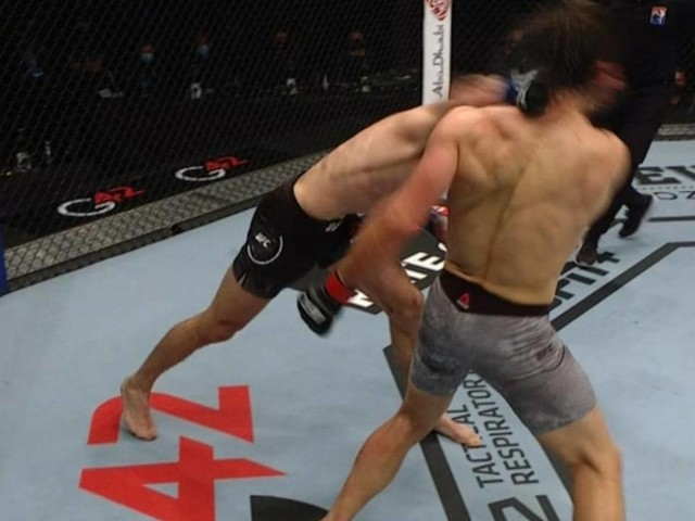 'Oh my goodness': UFC legend loses it at 'crazy' Makhmud Muradov TKO