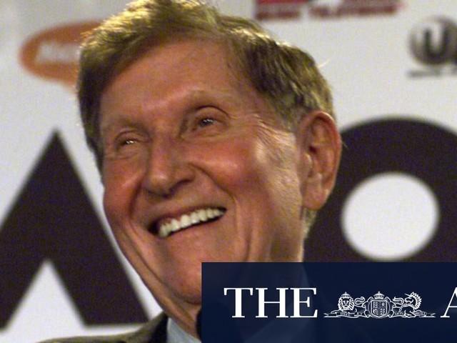 Billionaire media tycoon Sumner Redstone dies aged 97