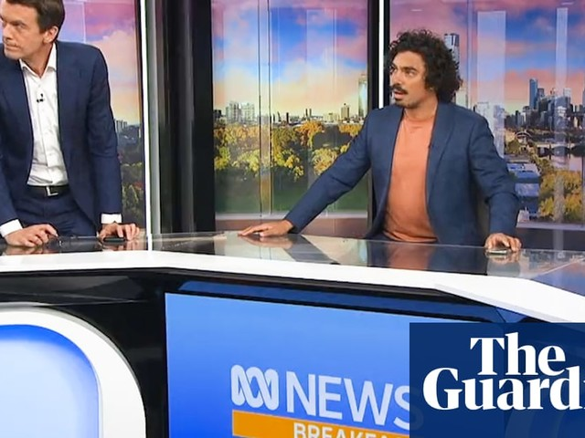 The moment the Melbourne earthquake shakes ABC News Breakfast show studio – video