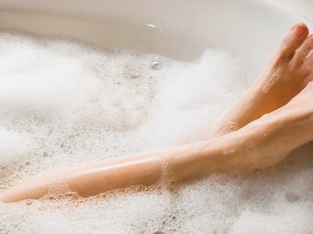 5 Bath Soaks to Help Soothe Your Post-Workout Aches and Pains