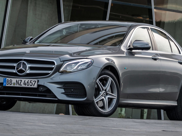 New Mercedes E300e Plugs Into The UK Market With £47,450 Starting Price