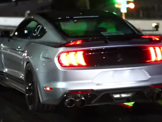 This Ford Mustang Shelby GT500 Delivers 945 HP At The Wheels!